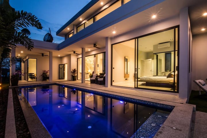 Modern Design Hua Hin Pool Villa Stunning Views
