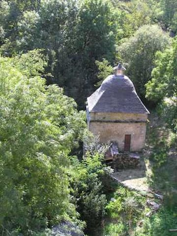 Dovecote at Chateau de Genies