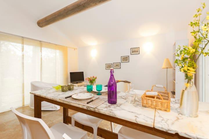 gîte indépendant - Castillon-du-Gard - Casa