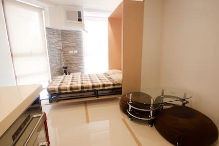 Kapitolyo Condo near Ortigas, Pasig, BGC, Taguig - Pasig City - Apartment