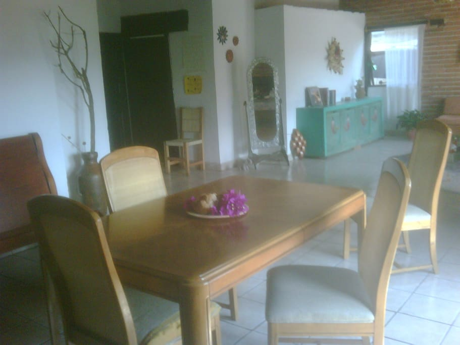 Spacious living / dining area.
