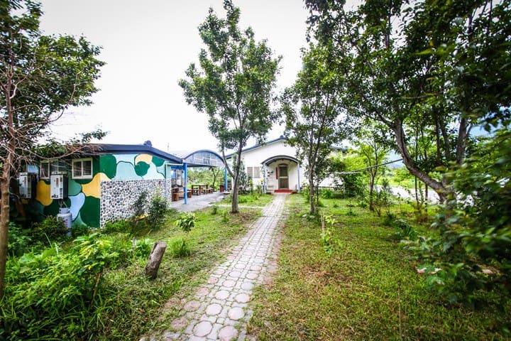 水田屋民宿  南澳留宿  田間活動  場地租借  歡樂露營 (兩人套房/涵管特色房) - Nan'ao Township - Minsu (Taiwan)