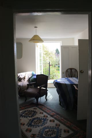 Self Contained first floor flat - Warwick - Flat