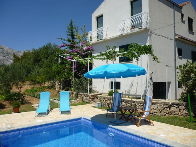 Panoram apartment with private pool - Klis - Wohnung