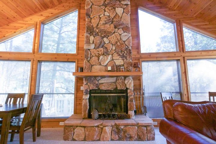 PineTime™ LUXURY Cabin in Pine, AZ sleeps 9*