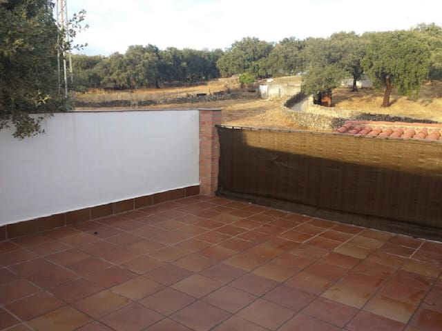 House with terrace, mountain view - Aracena