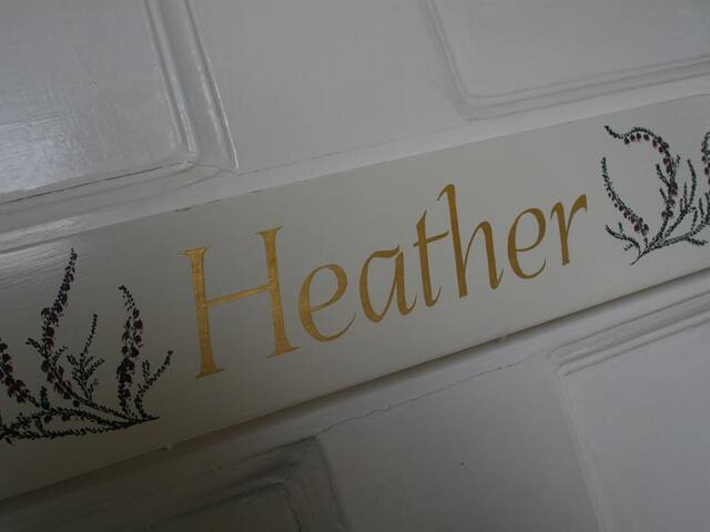 Heather Double Room - The Ilchester Arms Hotel