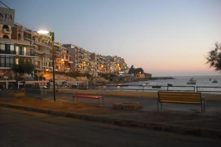 Studio Flat in Marsalforn, Gozo, Mt - Masalforn - Wohnung