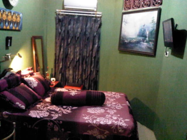 best room for the best traveler !!! - Makassar - Bed & Breakfast