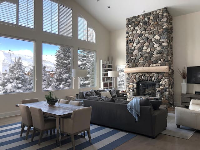 Sun Valley home, ideal for skiing and summer fun.