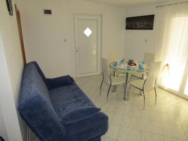 Apatments Kokor-One Bedroom Apartment with Balcony