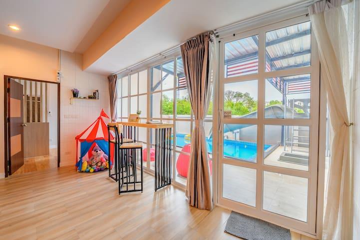 Zinnia House poolvilla / Near Beach drive 5 min