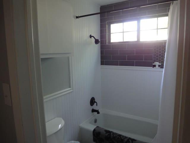 3 Bedroom/3 Bath Getaway