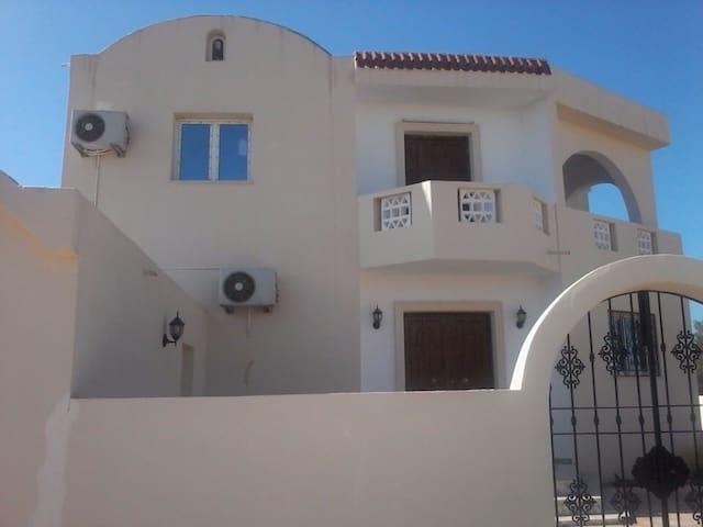 Une très Belle maison à Zarzis - Zarzis - Huis