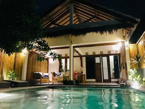 3 Angels villa with private pool Gili Air