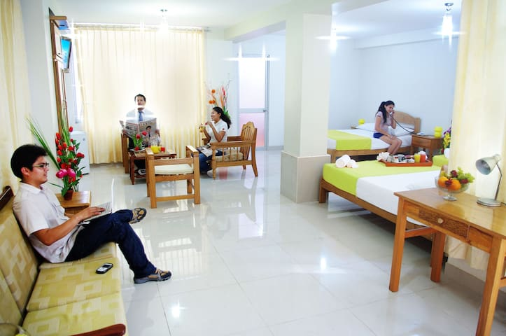 Habitación Cuádruple DEL CASTILLO PLAZA HOTEL ..
