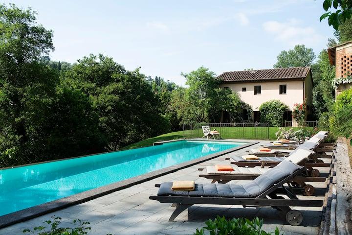 Villa Granchiaia silenziosa e nascosta