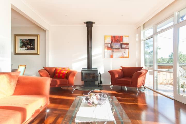 Warm, Bright & Sunny Home