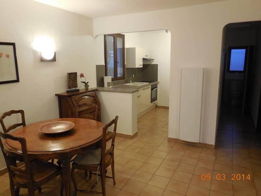 Villa individuelle 2 pi ces houses for rent in villeneuve loubet provence alpes c te d 39 azur - Home salon villeneuve loubet ...