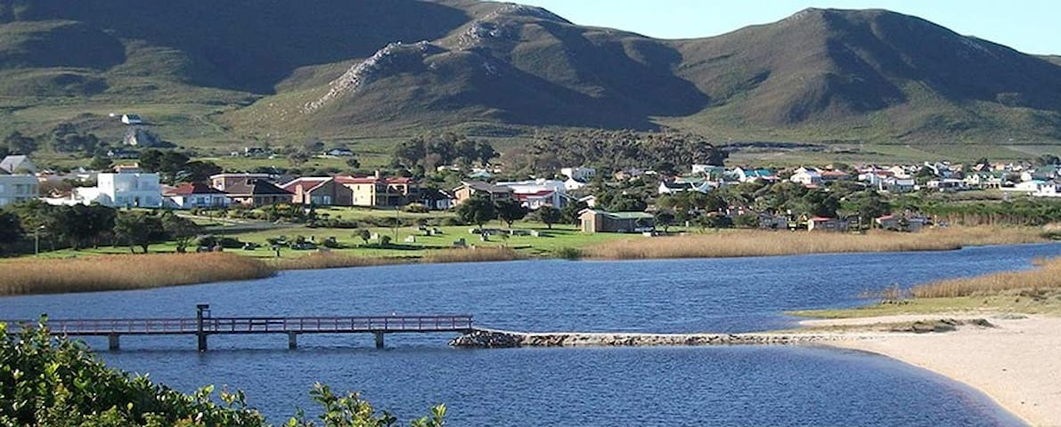Relaxing retreat in beautiful kleinmond - Kleinmond