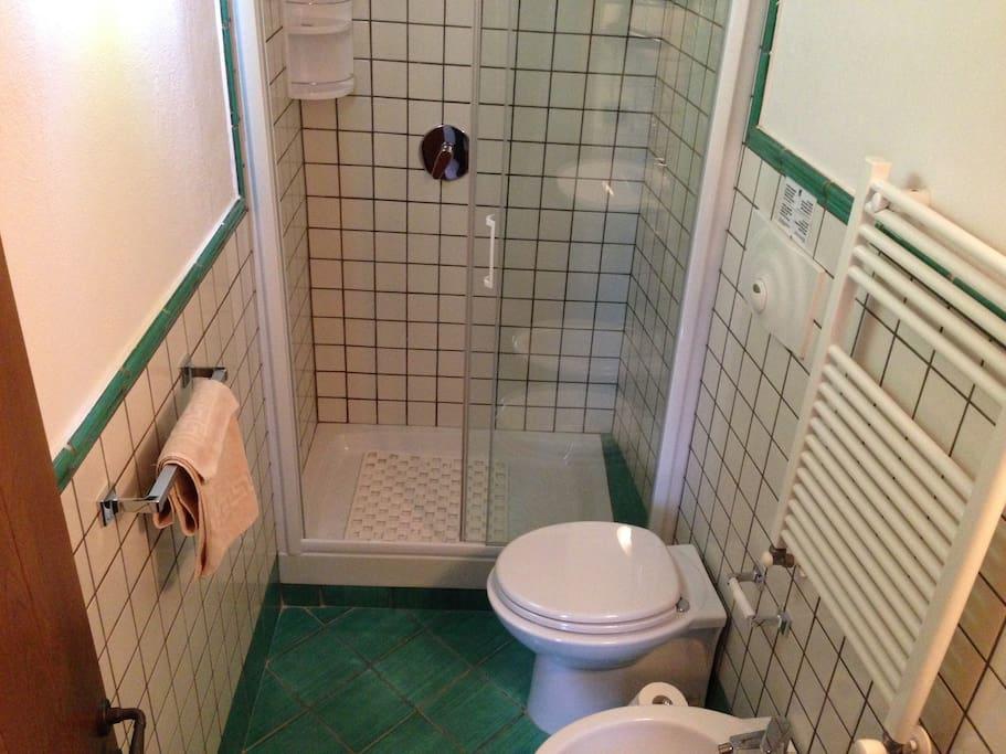 ORO Room 2 - Bagno privato 2 (Private bathroom)