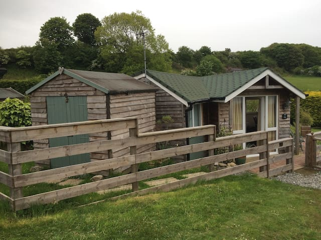 Sea View Cabin on Dinas Bay Anglesey - Benllech - Cabana