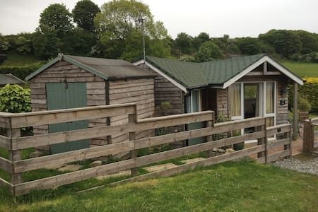 Sea View Cabin on Dinas Bay Anglesey - Benllech - キャビン