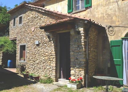 COTTAGE IN THE COUNTRY - VOLTERRA - Volterra - Dom