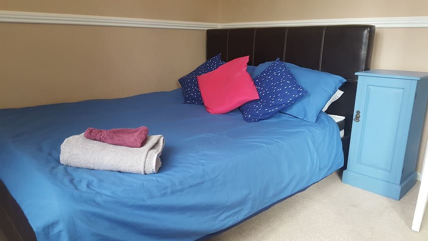 Ben's Pad - double room close to city centre