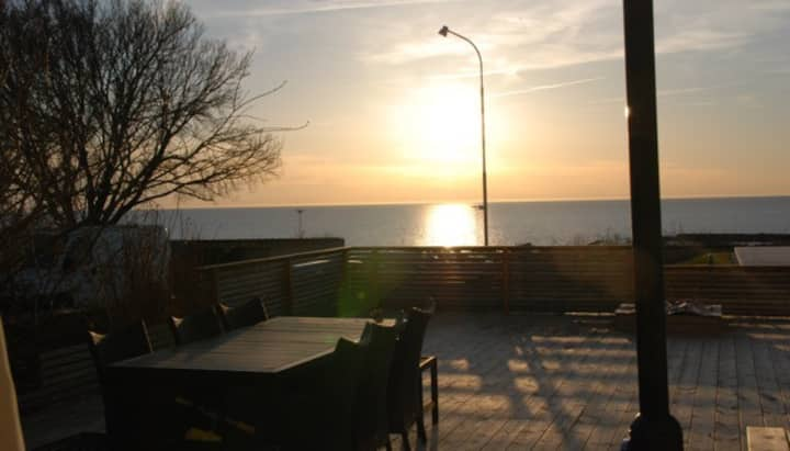 Ocean view, centrally located Visby