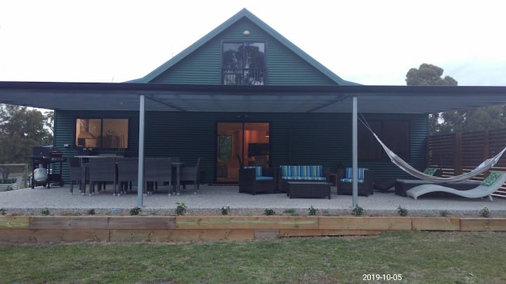 SCAMANDER GETAWAY for ALL the Family-4 night min.