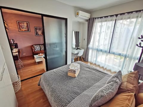 Cozy Modern Loft at ♥ Nimman /Rooftop Pool/Mt.View