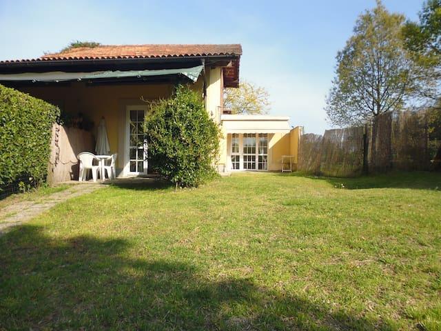 casa di due locali con giardino - Arona - Casa