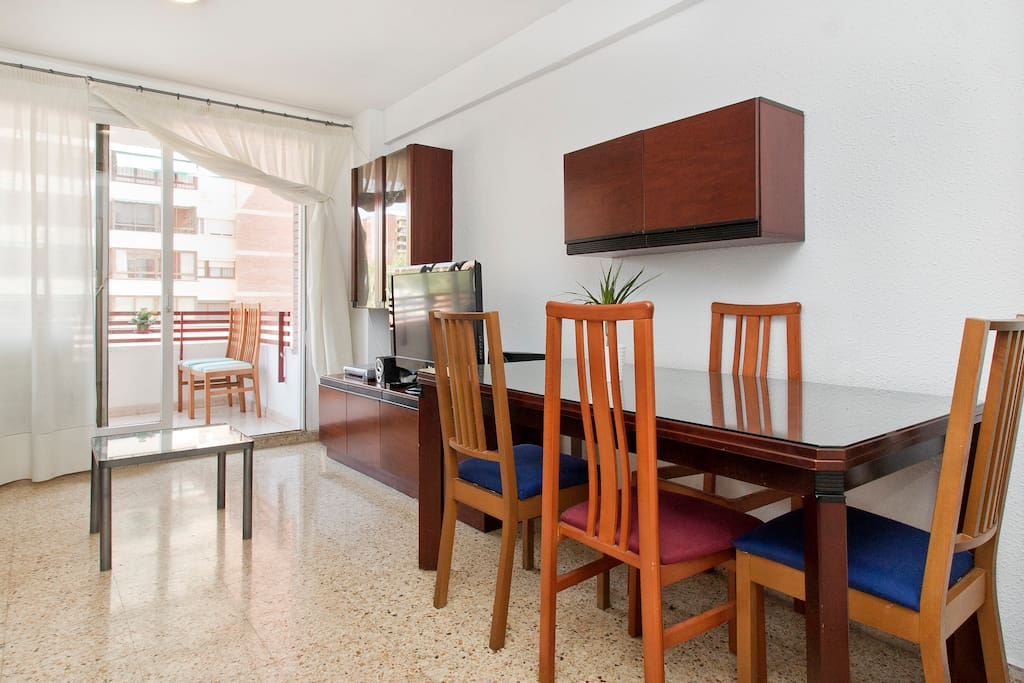 Apartment in a calm neighbourhhood,15min from the center of Barcelona.