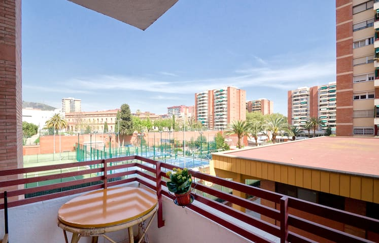 Bright Room, Amazing location. - Barcelona - Pis