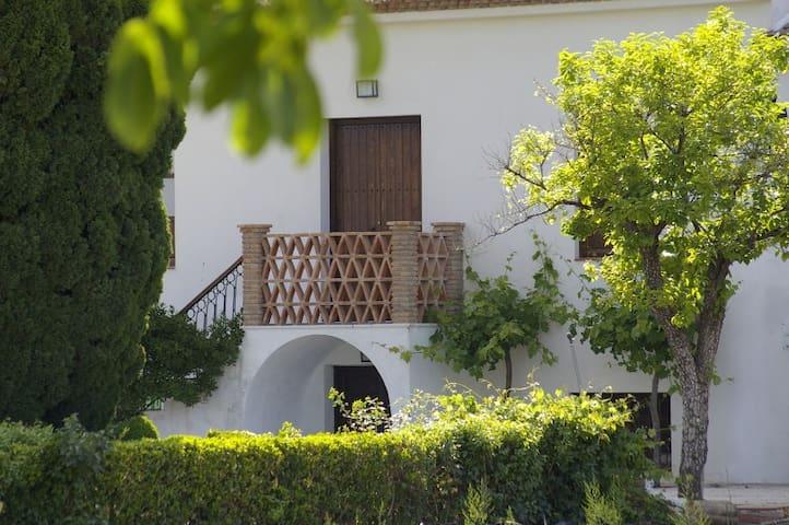 Cortijo los Parrales - Valderrubio - House