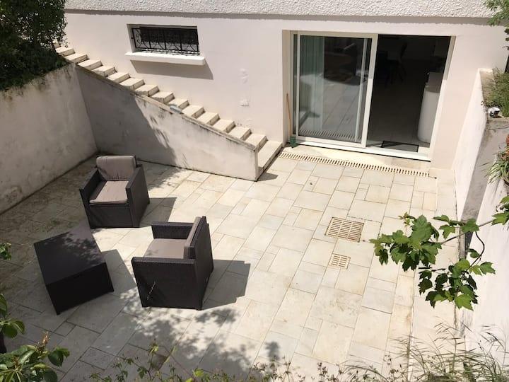 Appartement terrasse au calme proche La Rochelle