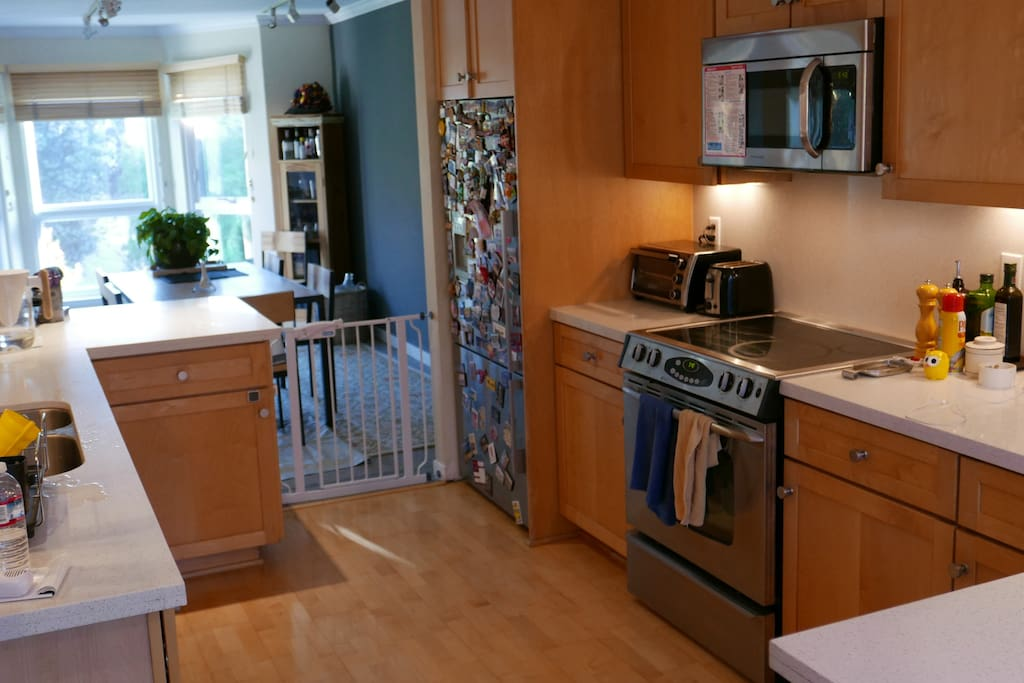 Large, well equipped kitchen