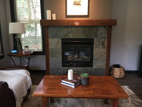 Deep Cleaned Every Time - Large 2 bedroom 2 bath