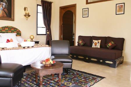 Chambre d'hôtes Ebène à Marrakech - มาร์ราเกช