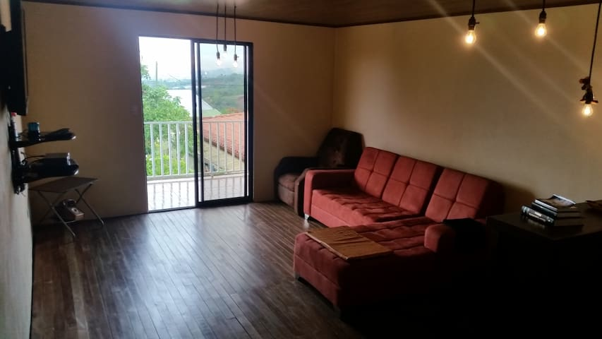 HOUSE AND ROOM TOURISM SAN RAMON DE ALAJUEL