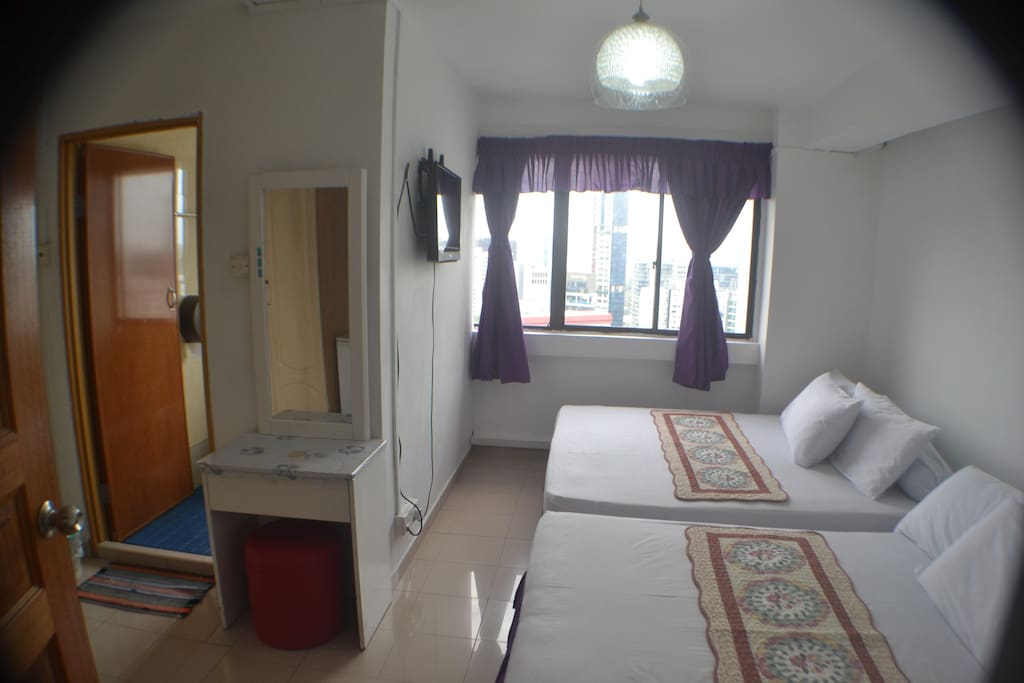 Room With 2 Beds & Private Bathroom