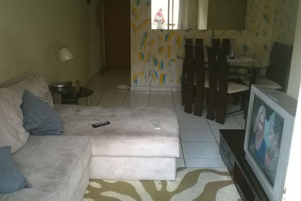 Sala de estar e de jantar integrados