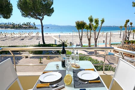 Apt. Beach Front in Puerto Alcudia - 阿爾庫迪亞