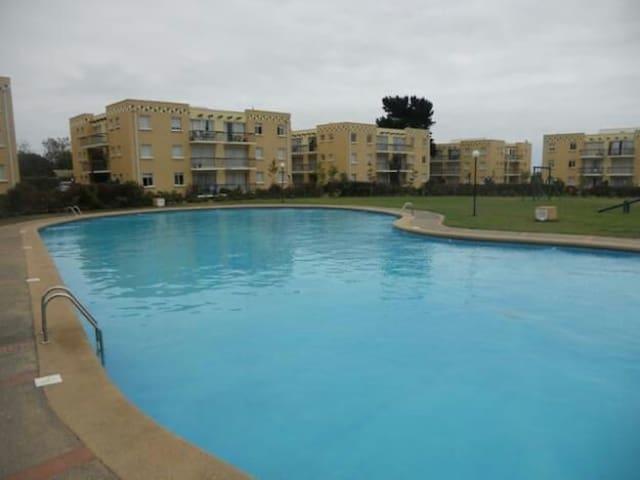 Hermoso departamento en condominio - El Quisco - Huoneisto