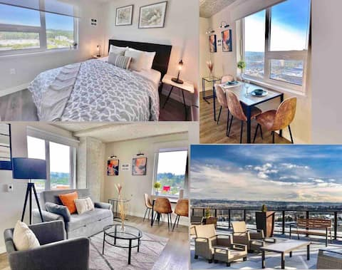 Modern Corner Apt by Airport★Steps to Everything!!