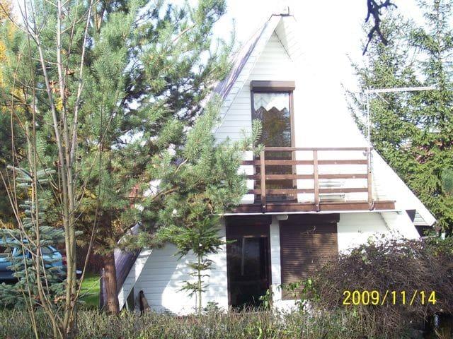 Summer house on lake/Domek letniskowy jez.nyskie