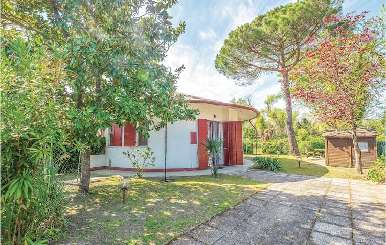 Semi-Detached with 2 bedrooms on 45m² in Lido degli Scacchi FE
