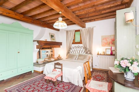 Charming house overlooking Firenze - Florenz - Bed & Breakfast