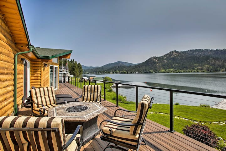 Updated Lakefront Home w/ Deck on Long Lake!